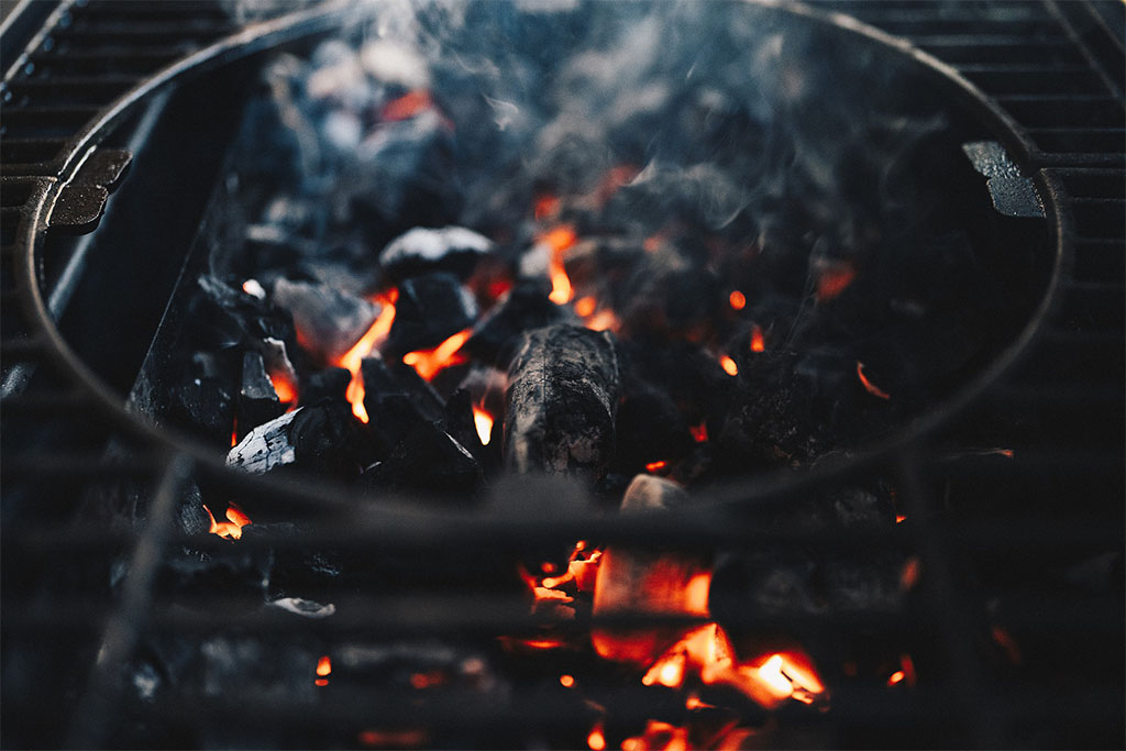 Types Of Charcoal Used For Grilling Or Barbecue Indian Charcoal